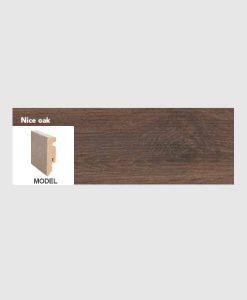Plint nice oak